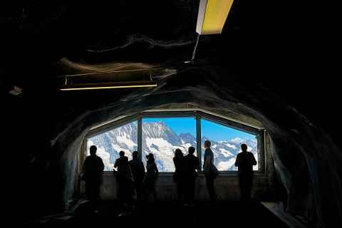 Jungfraujochbahn Ausichtspunkt auf Eismeer