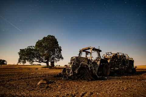 ausgebrannter Traktor Zultenberg