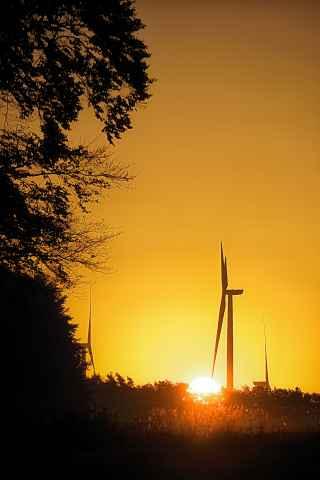 Blick von Sanspareil auf die Windräder bei Alladorf