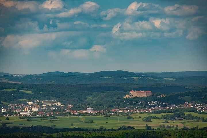 Blick vom Magnusturm zur Plassenburg