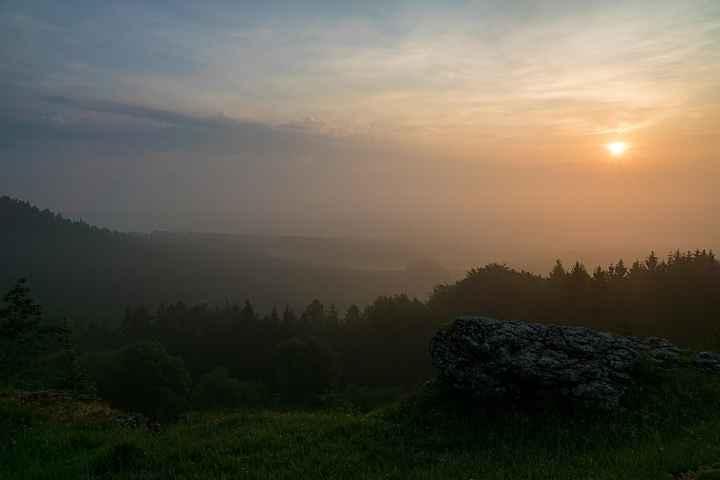 Sonnenaufgang am Görauer Anger