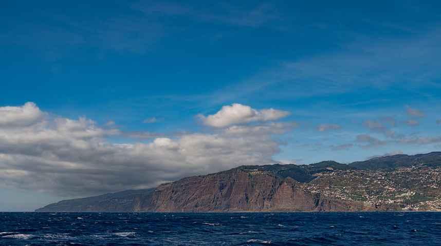 Süd Madeira vom Atlantik